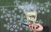 Geld kommt aus Smartphone