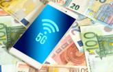 5G on Smartphone-Bildschirm auf Euroscheinen