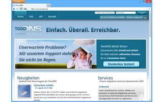 TwoDNS: Der Dienst TwoDNS ermöglicht das Anlegen von bis zu fünf kostenlosen Subdomains. Dafür stehen 13 Domainnamen zur Auswahl. Konten laufen nicht ab, egal wann die IP-Adresse zuletzt geändert wurde.