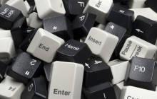 Haufen aus Computertastatur-Tasten