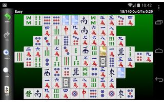 Mahjongg Builder ist eine überaus sehenswerte Umsetzung des beliebten Patience-Spiels Mahjong Solitaire. In dieser Android-Sammlung von 19 Solitaire Spielen gilt es, möglichst alle Spielsteine vom Tisch zu räumen.
