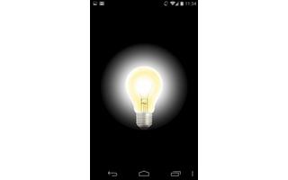 Search Light nutzt den Blitz der Smartphone-Kamera als Taschenlampe - unterwegs ist das oft sehr praktisch.