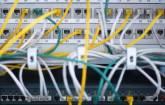 Server mit Netzwerksteckern