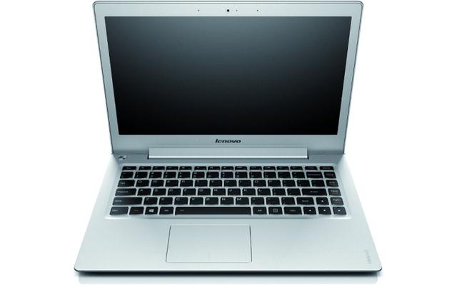 Lenovos Ideapad U330 Touch besitzt ebenfalls zwei Antennen - auch die Datenraten sind mit 867 MBit/s beziehungsweise 300 MBit/s identisch.
