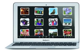 Selbst im schlanken Macbook Air findet Apple noch ausreichend Raum, um zwei Antennen zu verbauen. Die resultierende Datenrate entspricht mit 867 MBit/s im ac- sowie 300 MBit/s im n-Betrieb deren der Wettbewerber.