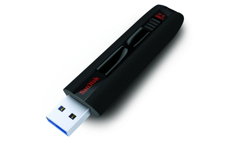 Sandisk gibt für seinen Extreme USB 3.0 sage und schreibe 30 Jahre Garantie.
