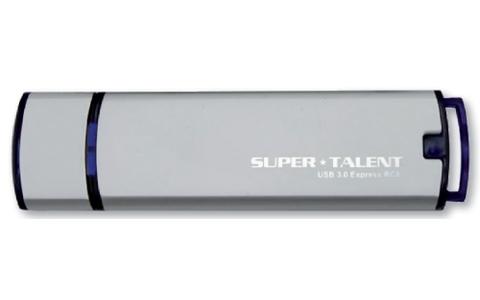 Der Super Talent USB 3.0 Express RC8 nutzt einen Teil des Speichers als Reserve für defekte Flash-Zellen.