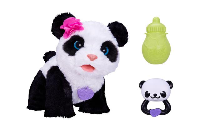 Pom Pom, mein Baby Panda - Der neueste Zuwachs im süßen Streichelzoo der Furreal Friends von Hasbro heißt Pom Pom, kann sich aufsetzen, krabbeln und vergnügt brabbeln.
