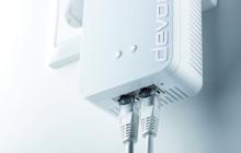 Devolo hat ein neues Topmodell seiner Powerline-Serie vorgestellt. Der dLAN 1200+ WiFi ac Power-LAN-Adapter vereint zwei Vernetzungstechnologien in einem Gerät.