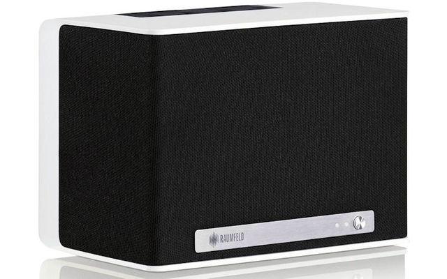 Raumfeld One S - Dieser WLAN-Lautsprecher empfängt Musik direkt vom Smartphone und Tablet oder von Streaming-Diensten wie Spotify, WiMP, Napster, simfy, TuneIn oder MTV Music. Das Gerät empfängt zudem Internetradio und liest auch Musikdateien per USB.