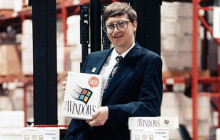Bill Gates mit Windows 3.0