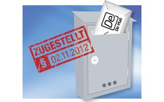 Offiziell zugestellt: Jede De-Mail, die verschickt wurde, gilt automatisch als zugestellt. Das hat Konsequenzen: Sobald Sie eine De-Mail-Adresse besitzen, müssen Sie regelmäßig in Ihr Postfach gucken. Es könnte ja zum Beispiel ein fristgebundenes Schreibe