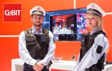 Vodafone Bodycam auf der CeBIT 2016