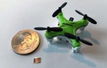 MIT Minidrohne und Chip