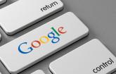 Google-Logo auf Tastatur